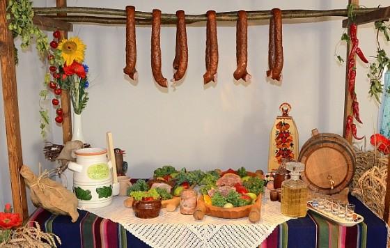 Wesela, przyjęcia, catering, stół weselny - wiejski. Drzewce Kolonia