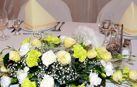 Wesela, przyjęcia, imprezy, zapewniamy catering oraz noclegi